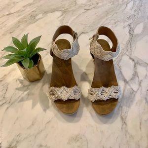 Lucky Brand Kierony Lace Wedge Sandal
